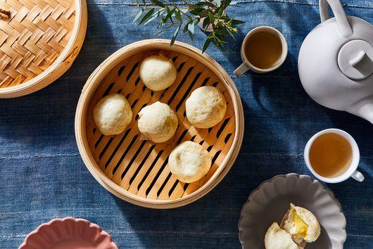 Salted Egg Yolk Custard Buns (Lau Sa Bau)