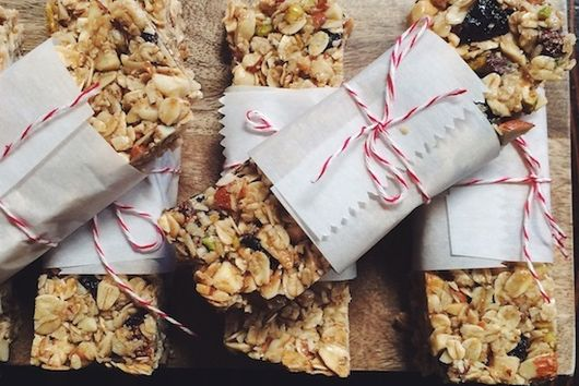 Fig & Nut Granola Bars