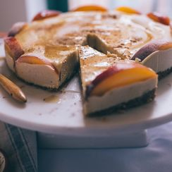 Cinnamon and Peach Cashew Cheesecake