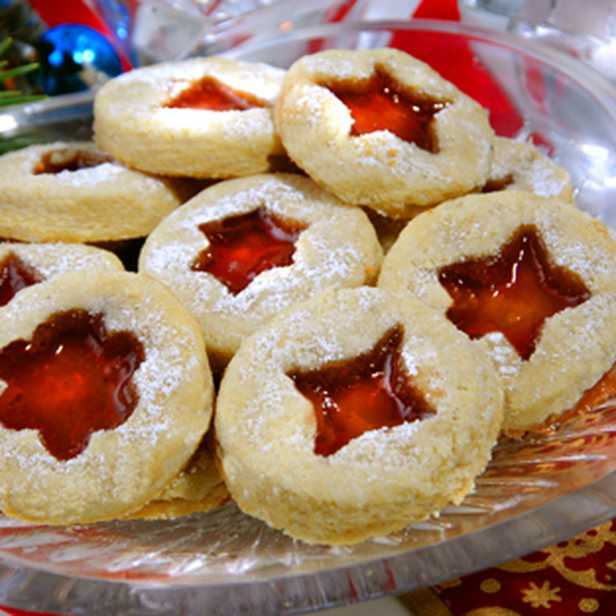 Low Carb Linzer Cookies For Christmas