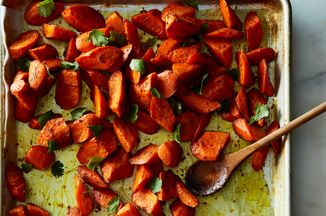 09b76649 65ae 4179 8106 09d3d966b607  2016 1129 spicy garam masala roasted carrots james ransom 103