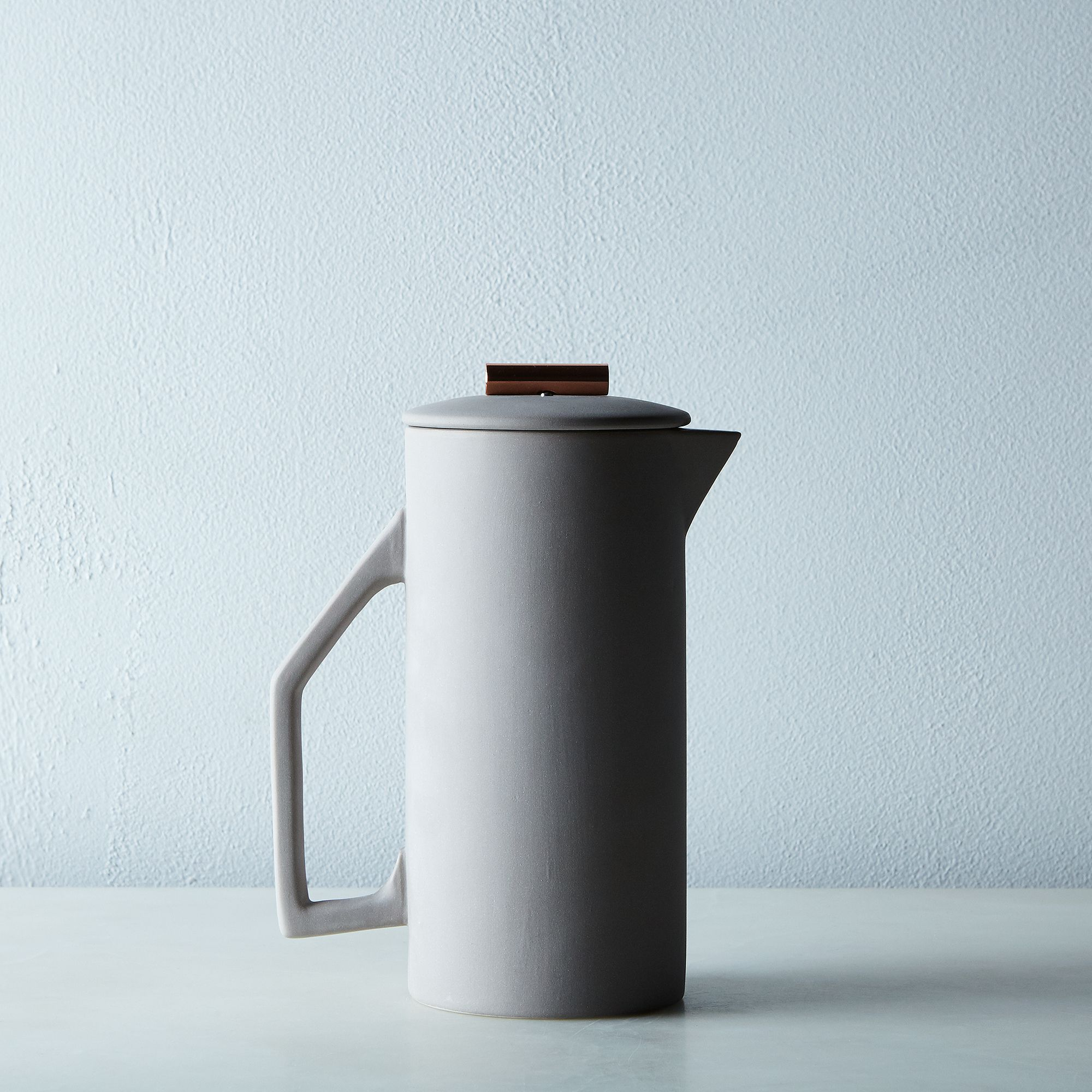 0e336dda 646a 4675 8daf e22c5d2544b4  2016 0223 yield design french press grey 28oz silo rocky luten 001