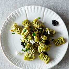 8a0c0cfc-093f-46e9-b733-82ebf5f87ffc.2014-0429_not-recipes_pasta-salad-286