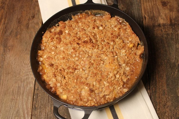 Peaches n' Irish Cream Crumble