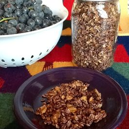 Spicy Grape Granola