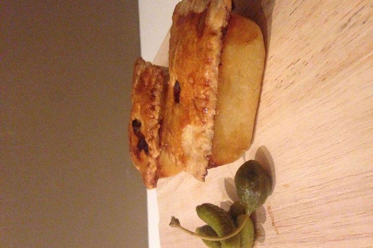 English Chicken and Ham picnic pies