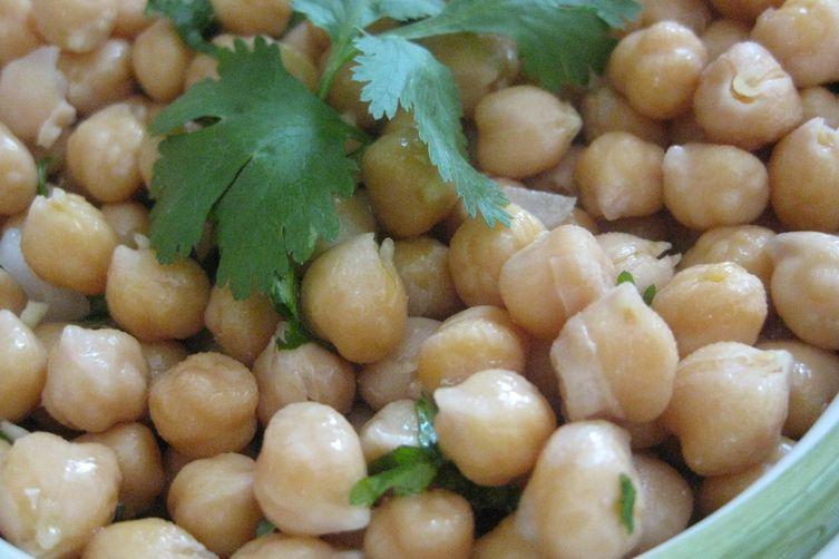 Garbanzo beans salad