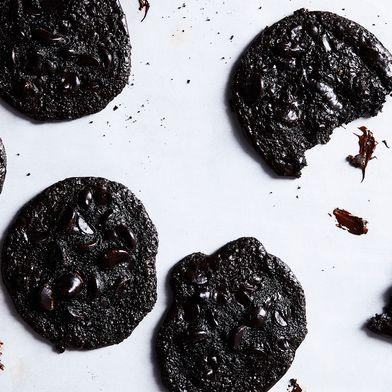 Colpa Degno (Flourless Triple-Chocolate Cookies)
