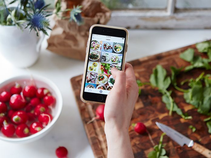 """Why One Restaurant Is Giving """"Instagram Foodie Packs"""" to Patrons"""