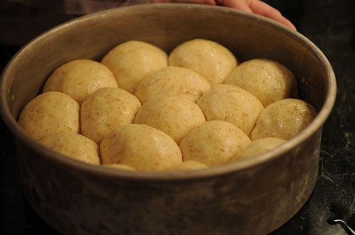 Sour Cream Dinner Rolls