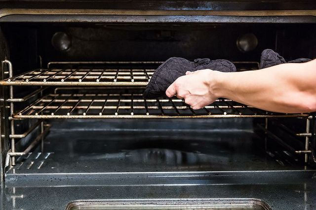 Your One-Stop Guide to Cleaning the Oven