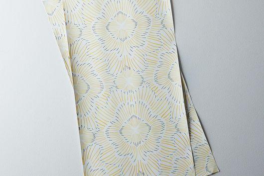 Pinstripe Floral Gold Shelf Liner