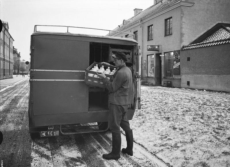 Milkman, Dec 1936.