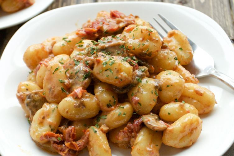 Creamy Gnocchi With Mushrooms and Sun-dried Tomatoes