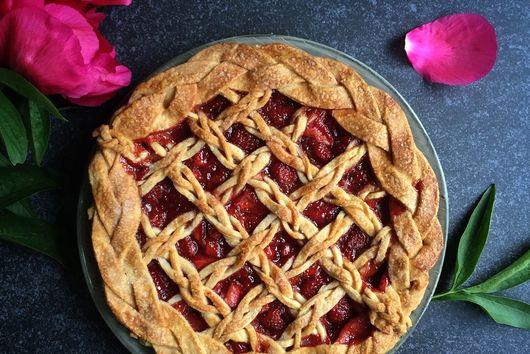 Strawberry Elderflower Lattice Pie