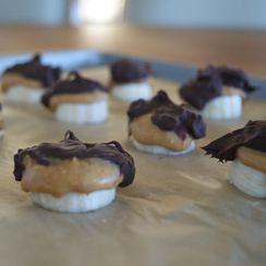 Dark Chocolate Frozen Peanut Butter-Banana Bites