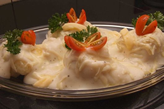 Mashed Potatoes Stuffed with Ground Beef