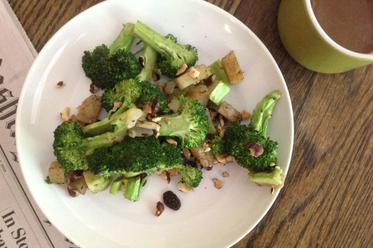 Indian Spiced Broccoli and Potato Hash