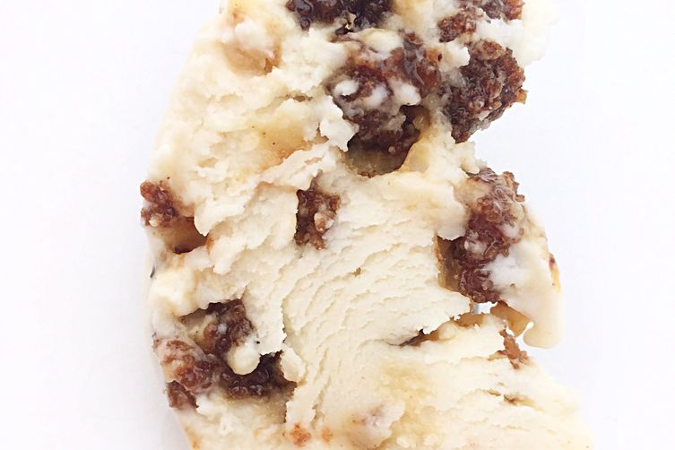 Rye brown bread ice cream