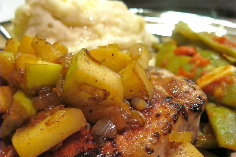 Apple Pie Pork Chops