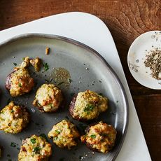 23b8a829 a798 43f2 9176 63cb227a8f11  2016 1104 sausage stuffed mushrooms bobbi lin 12492