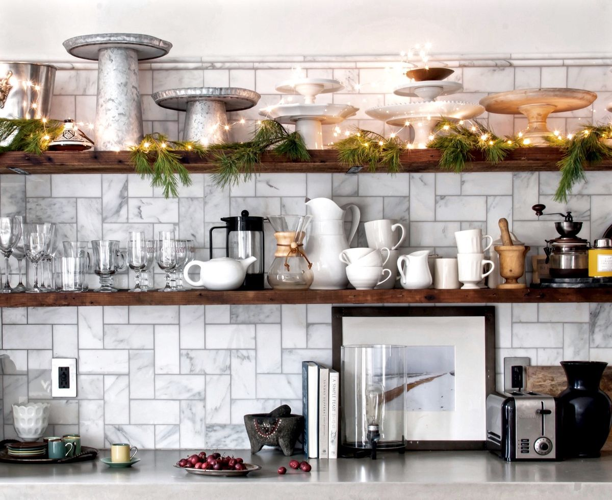 christmas decorating tips from a decked out brooklyn brownstone