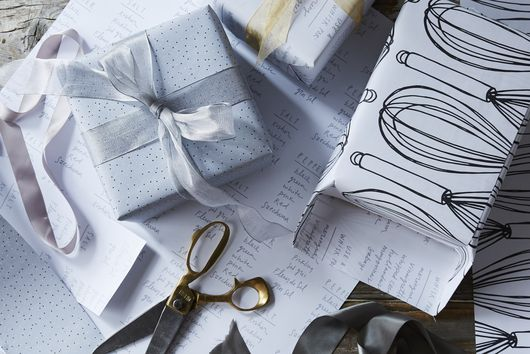 Still Throwing Away Gift Wrap? Here's How to Reuse It Instead.