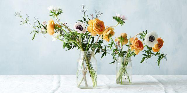 8c467de4 e420 4490 b303 2d4667037605  2015 0402 spring flower arrangements mark weinberg 0184