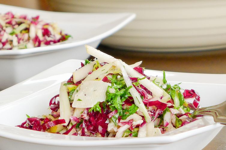 Radicchio Pear Slaw with Fennel and Manchego Cheese