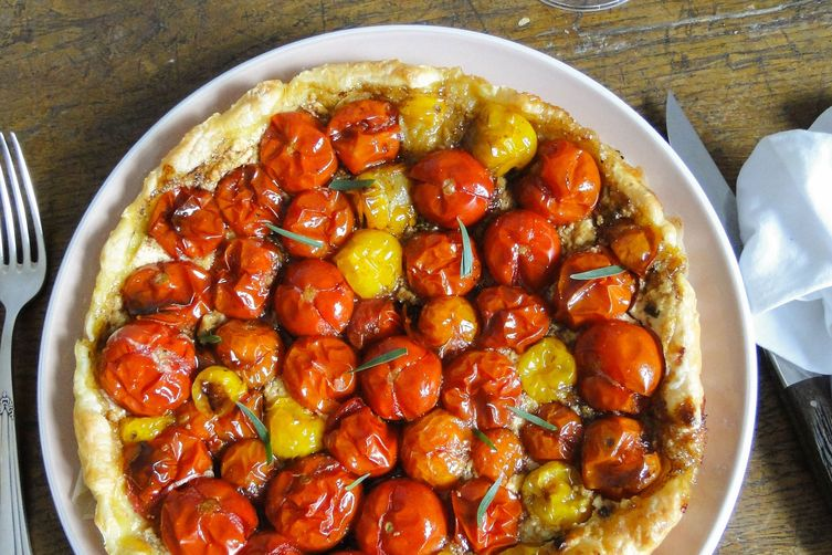 Tomato tart with tarragon and goat´s cheese
