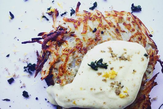 Herb & Garlic Rosti with Vegan Aioli