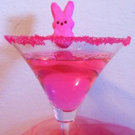 52dcb14f-a604-4d01-af70-69ee06cbbb6f.published_by_zoe_rogers_pink_bunny_peeps_easter_candy_cocktail_or_peeptini