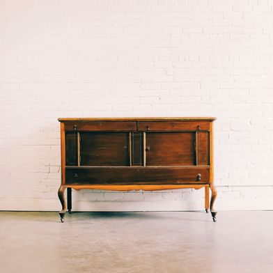 When to Buy Wooden Furniture—and When to Pass