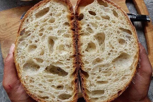 EASY EVERYDAY WHITE BREAD