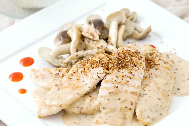 Grilled Chicken with Sesame-Miso-Sriracha Creamy Sauce
