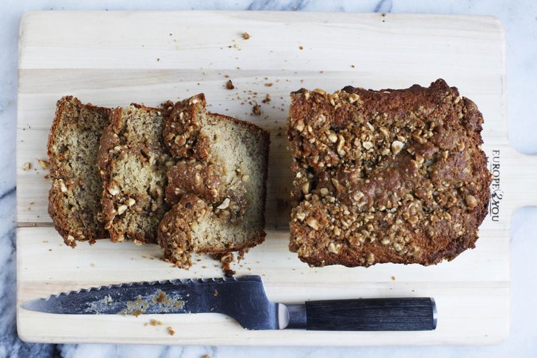Brown butter banana bread with peanut streusel recipe on food52 brown butter banana bread with peanut streusel forumfinder