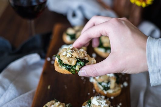 Tuscan Kale, Cannellini Bean & Greek Yogurt Hummus Crostini