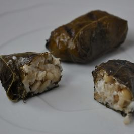 1e2a6d5e b587 4471 81b9 7686927f26ee  grape leaves