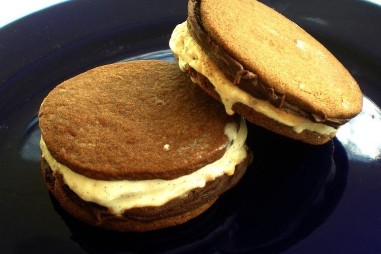 Chocolate, chile and cinnamon ice cream sandwiches