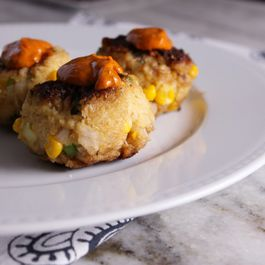 Crab Cakes with Smoked Aioli