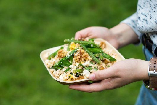 Barley Salad with Spicy Hummus Dressing