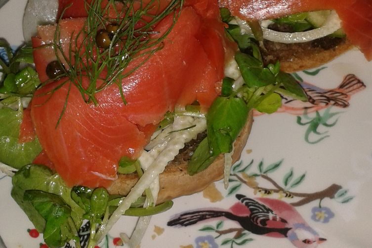 Smoked Salmon Cucumber and Fennel Tartine