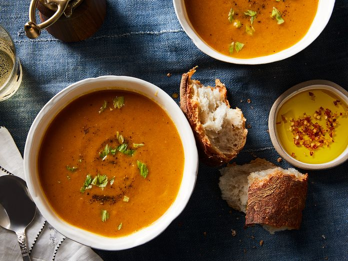 Creamy Carrot Soup in 4 Ingredients (Cream Isn't One of Them)