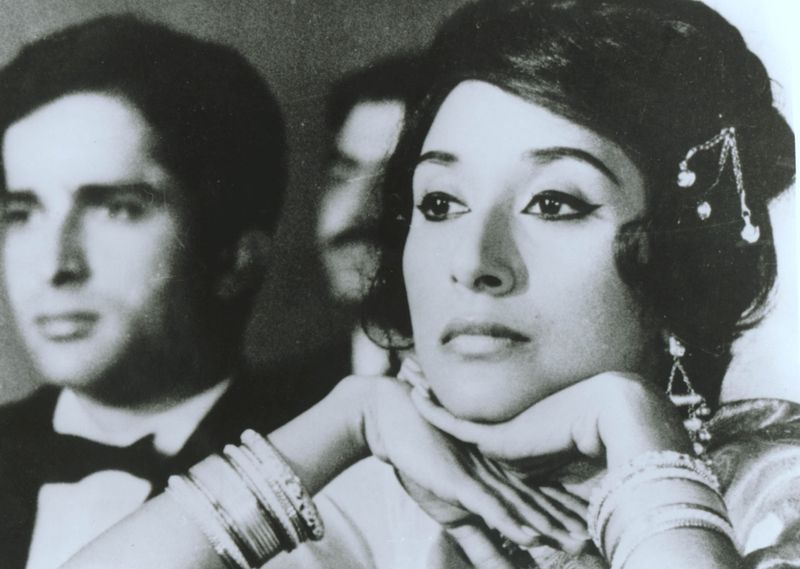 Madhur Jaffrey as Manjula in 'Shakespeare Wallah' (1965), for which she won the Berlin Film Festival's coveted Best Actress award.