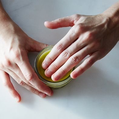 The DIY Gift That Dry Winter Hands Will Thank You for