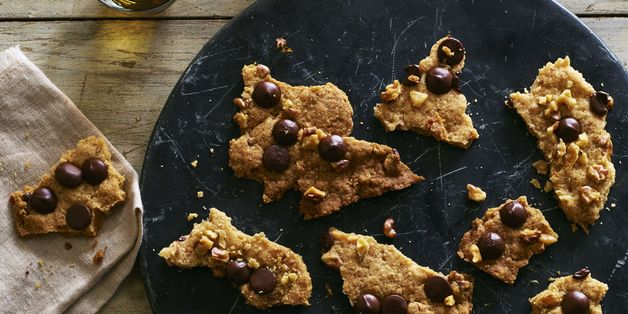Genius Chocolate Chip Cookie Brittle is the Instant Gift We All Need