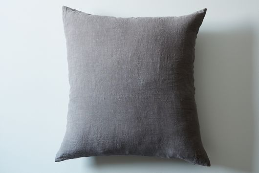 "Stonewashed Linen Pillow, 22"" x 22"""