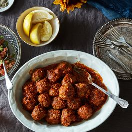 1c83f569 d961 40a1 9dc6 d10a46e47b42  2016 beef meatball kofte with tomato cucumber shirazi salad james ransom 257