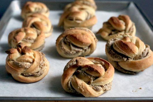 Tahini Brown Sugar Sesame Rolls