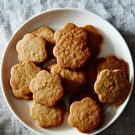 Pepparkakor (Swedish Ginger Cookies)